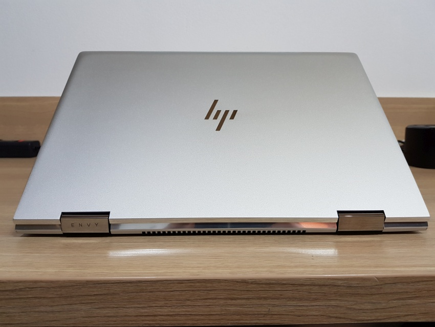 HP Envy 15 design