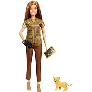 Barbie Occupation National Geographic Photojournalist (with Lion Cub) - Doll