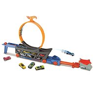 Hot Wheels Tractor and Taxi - Slot Car Track